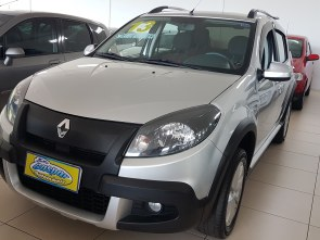 Sandero StepWay 1.6 AT